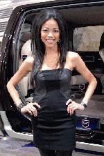 These are the edited photos I meant to upload yesterday.  Full of beautiful women and wonderful cars. - S_Chicago_Auto_Show_2-18-10_307.jpg